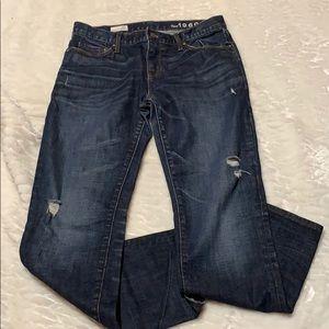 GAP Boyfriend 1969 vintage jeans .